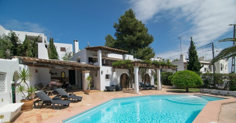 Villa in Cala d'Or available on Nano Mundo today; image 23