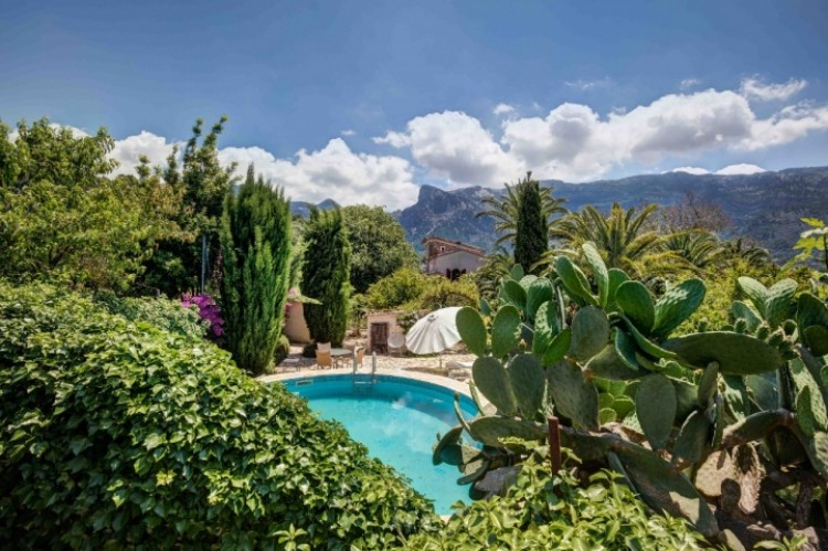 Villa in Soller available on Nanomundo today; image 2
