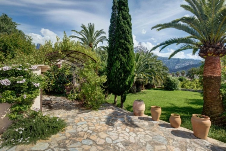 Villa in Soller available on Nanomundo today; image 4