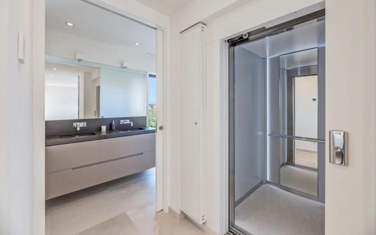 Villa in Bendinat  available on Nano Mundo today; image 24