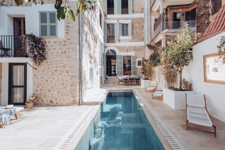 Featured Townhouse in Soller available on Nano Mundo today