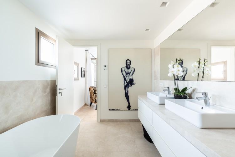 Landhaus, Finca in Portocolom available on Nano Mundo today; image 20