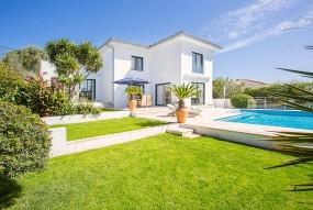 Villa in Calvià available on Nano Mundo today