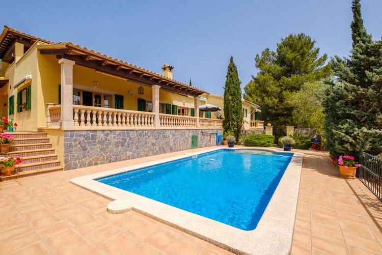 Villa in Calvia available on Nano Mundo today; image 1