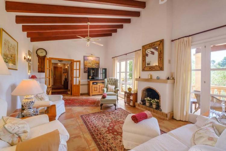 Villa in Calvia available on Nano Mundo today; image 11