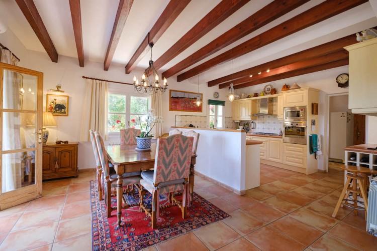 Villa in Calvia available on Nano Mundo today; image 14