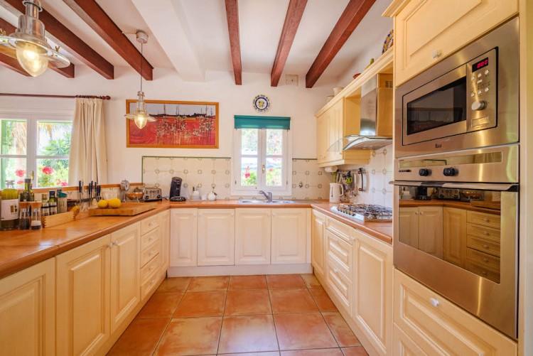 Villa in Calvia available on Nano Mundo today; image 15