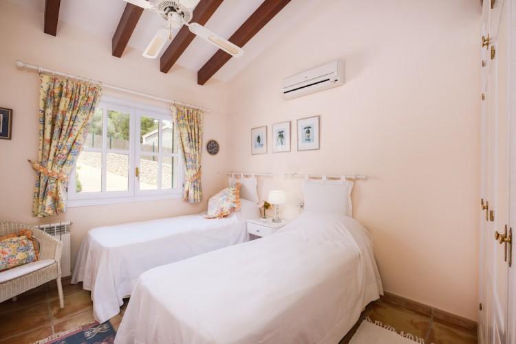 Villa in Calvia available on Nano Mundo today; image 20