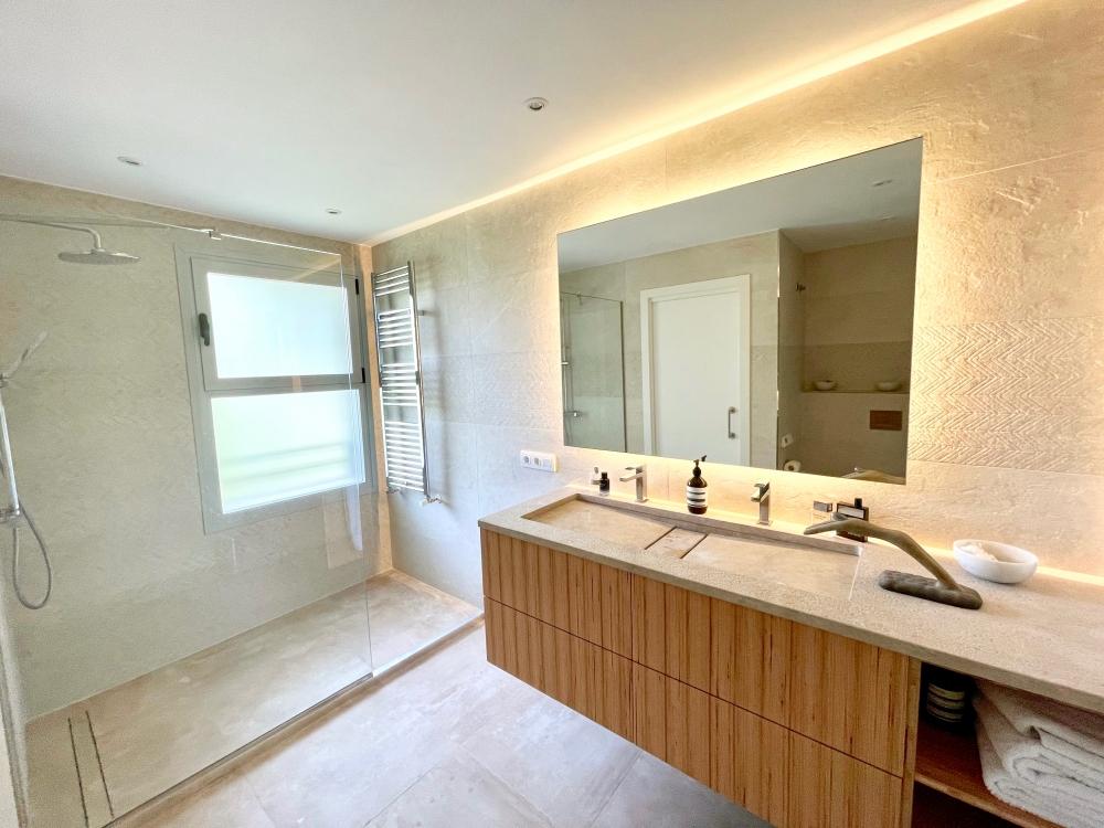 Villa in Sol Mallorca available on Nano Mundo today; image 15